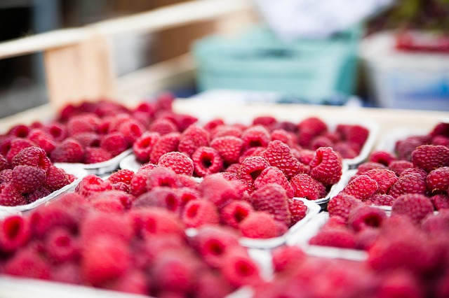 raspberries-422979_640